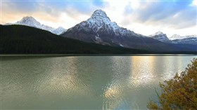 Banff_National_Park_Lake